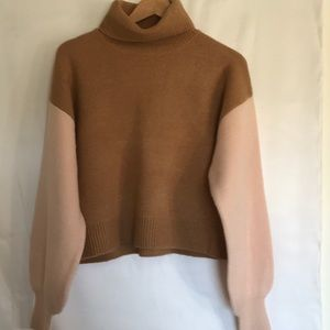FOREVER 21 TURTLE NECK SWEATER